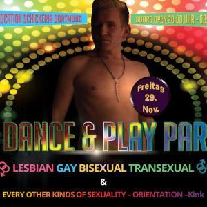 Bi Dance & Play Party mit Live Strip
